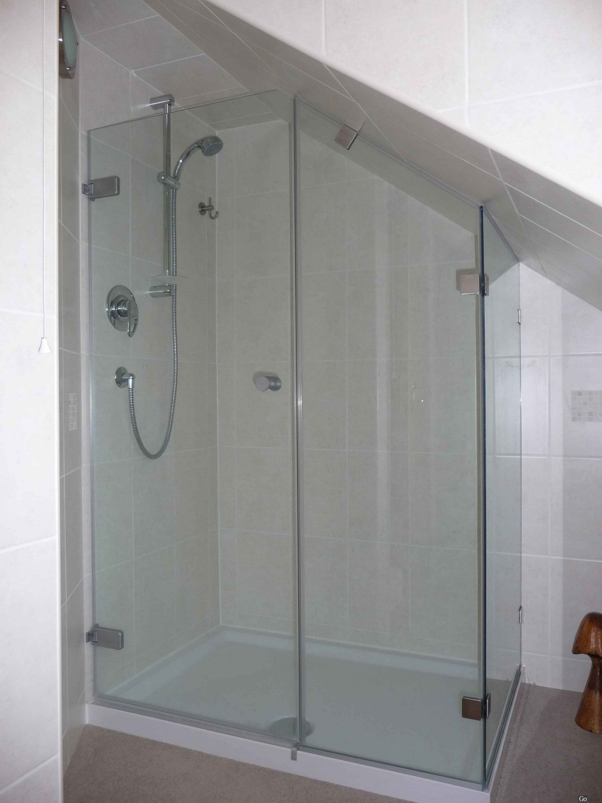 Made To Measure Glass Shower Enclosures.