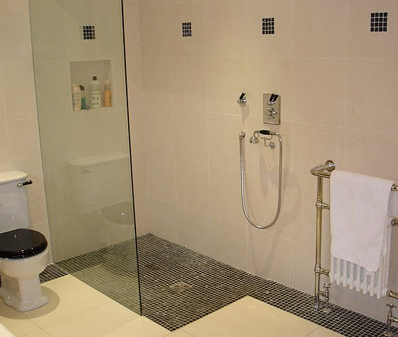 Made To Measure Glass Shower Screens